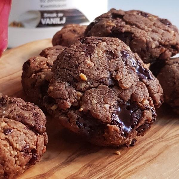 Proteinrika choklad- & jordnötskakor